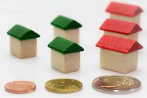 What are the Advantage of Refinancing Mortgages ?